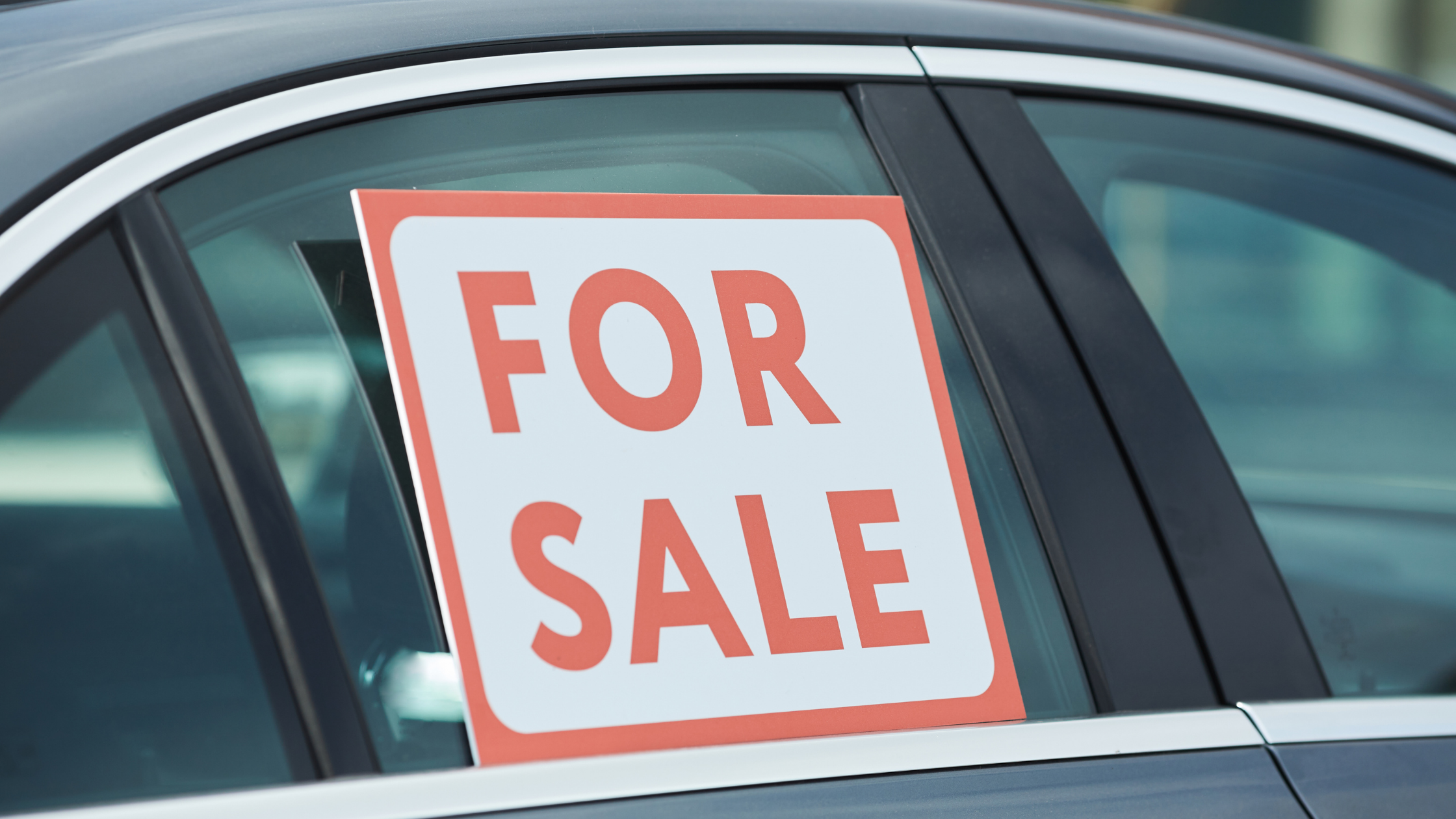 Read more about the article Should You Sell a Car By Owner?